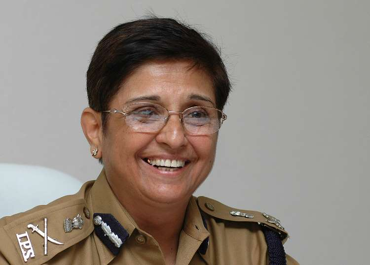 Kiran Bedi in her uniform | KIRAN BEDI - A Powerful WOMAN OF 2021 | www.krescon.com